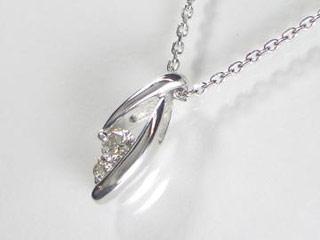 SIN ハート&キューピットダイヤペンダント 【18金ホワイトゴールド】【天然ダイヤ使用】【JS3974K18WG】 【納期に3~4週間かかるため、単品での購入でお願い致します。】【SINDYP】