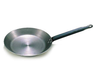 推奨 WADASUKE 和田助製作所 鉄 売り込み クレープパン 18cm