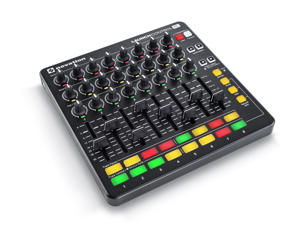 novation Launch Control XL MKII コントローラ