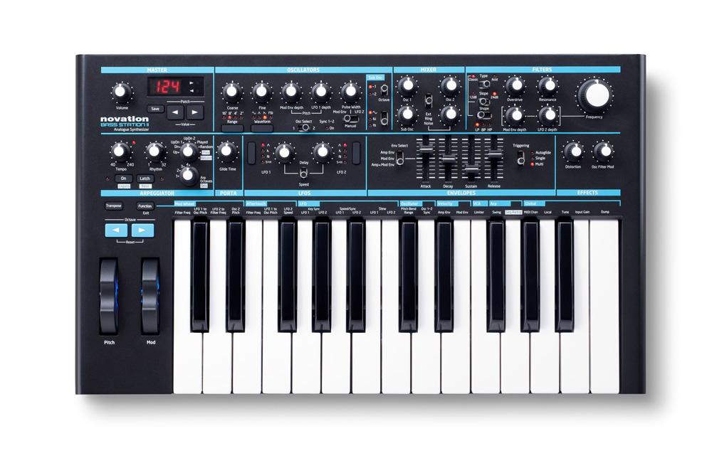 novation BassStation II シンセベース
