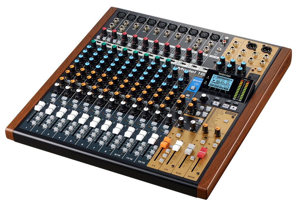 TASCAM Model 16 16トラックライブレコーディングミキサー