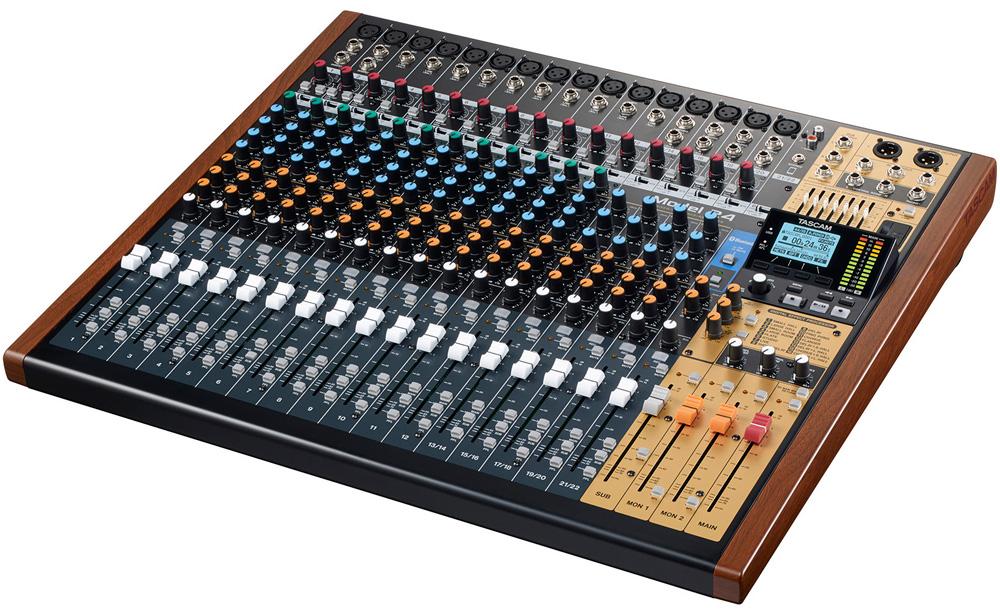 TASCAM Model 24 24トラックライブレコーディングミキサー