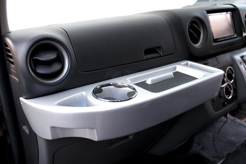 ニッサン NV350 CARAVAN キャラバン 専用 車内用テーブル フロントテーブル HaltTable(ハルトテーブル) ボディーカラー DMMC