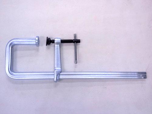 エスコ便利カタログNo.49:75P掲載 エスコ(ESCO) 0-500mm/175mm クランプ(J型) EA526S-43