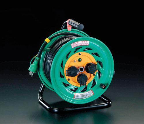 エスコ(ESCO) AC100V/15A/30m コードリール(アース付/防雨型) EA815DL-1