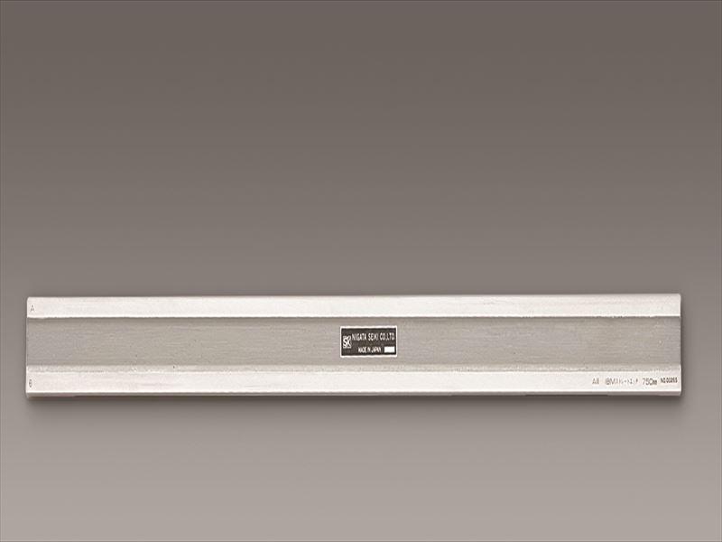最新デザインの エスコ(ESCO) 1000mm 鋼製ストレートエッジ(アイビーム型A級) 店 EA720YN-3:工具屋のプロ-DIY・工具