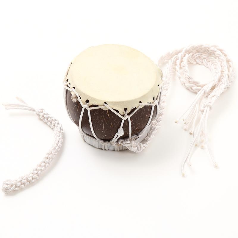 フラダンスの楽器として使われるMuuMuuMamaオリジナル製作のプニウ! ココナッツ ニードラム プニウ ビーター付き フラダンス 楽器