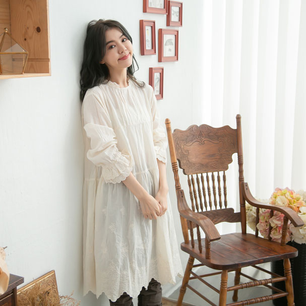 【061025】 長袖 刺繍 レース コットン ミディアム ワンピース