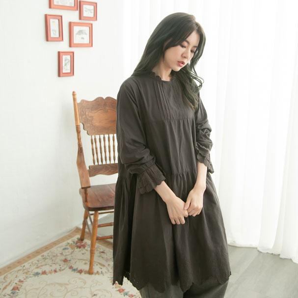 【061027】 長袖 刺繍 レース コットン ミディアム ワンピース 【墨】