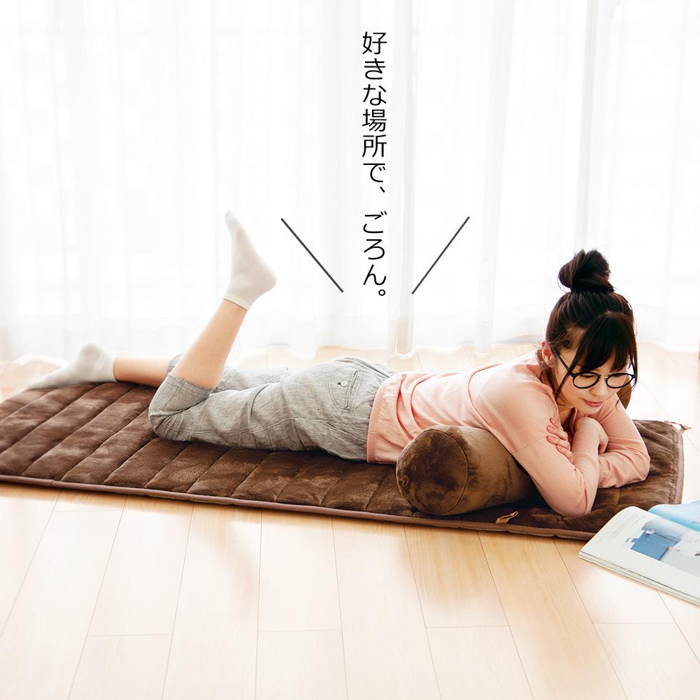 電気ごろ寝マットコイズミ KDM5581 | 送料無料 クッションと掛け毛布もセット 大人 一人 折りたたみ 収納 洗える 抱き枕 毛布 暖かい 温かい マット 冬物