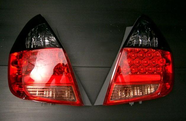 『特売中』ホンダ フィット(GD系)LEDテー赤/スモーク