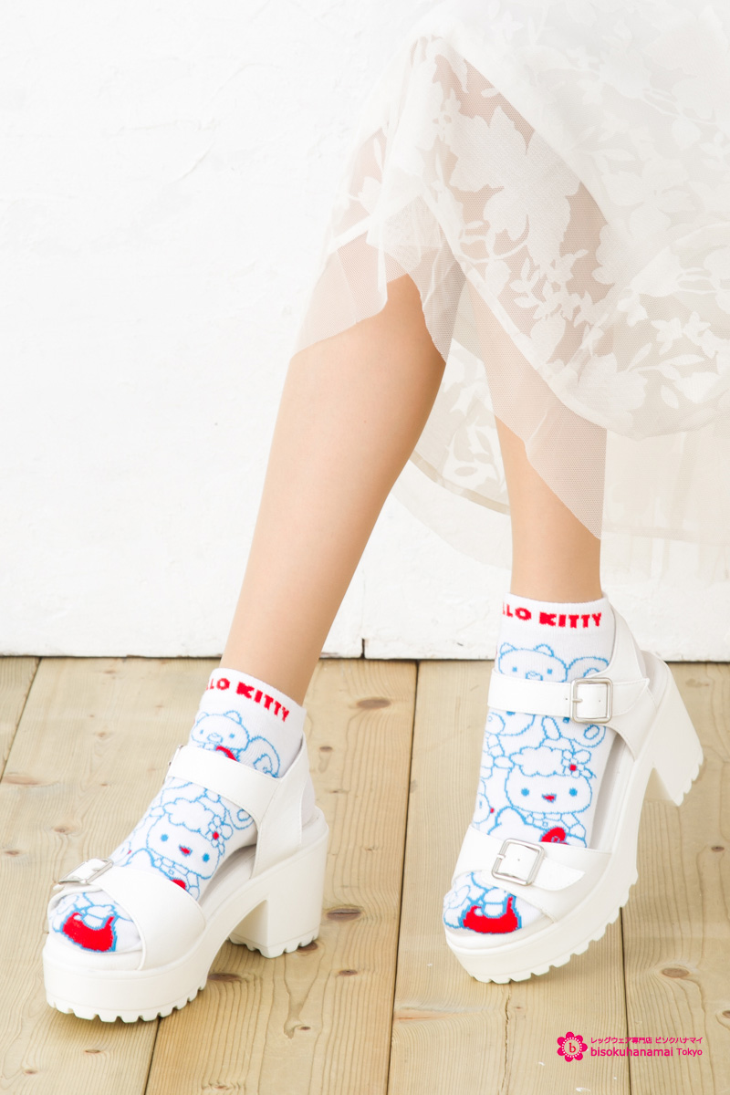 5a70b73d5 Kitty friend short socks (the Japan limited sales FOR SALE IN JAPAN ONLY)  (Japan-MADE IN JAPAN) ♪ socks Hello Kitty Sanrio socks character hello kitty  ...