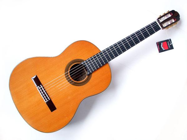 【as】【充実10点セット!】ARIA/アリア A-50C トップ:セダー単板 クラシックギター【P2】