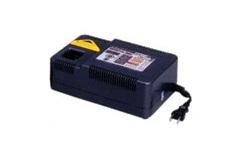 泉精器製作所 ニッケル水素対応 充電器 (E Roboシリーズ) CH-3MH [CH3MH]