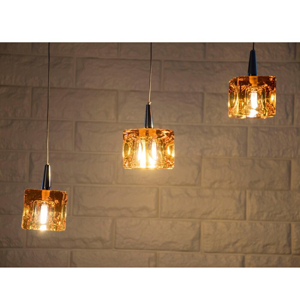 CUBE LED 3灯 アンバー / ペンダントライト / 玄関 / ダイニング / カウンター / カフェ / インテリア