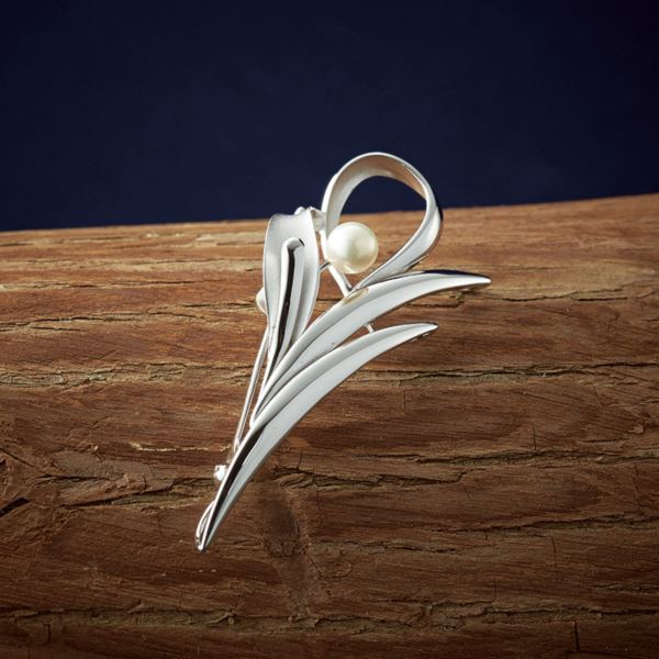 【まとめ買い10セット】パール・パール・コウベ 本真珠SVブローチ BRS5-55(日本製 アクセサリー)(内祝い 結婚内祝い 出産内祝い 新築祝い 就職祝い 結婚祝い 引き出物 お返し)(キャッシュレス5%還元)