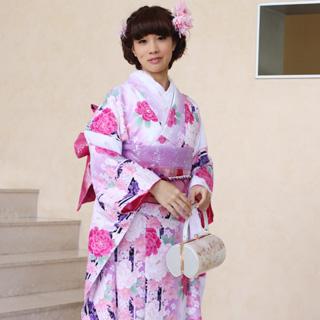 【レンタル】振袖 レンタル 20点フルセット「白 ホワイト 紫 パープル ピンク 牡丹 桜 菊」2月~12月上旬 成人式から結婚式やフォーマルまで。【fy16REN07】〔消費税込み〕
