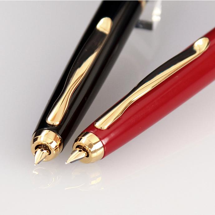 自五月中旬,船舶将长泽 134 周年纪念钢笔生漆日本 (长泽原 / 长泽固定中心周年钢笔 / Capless 漆)。