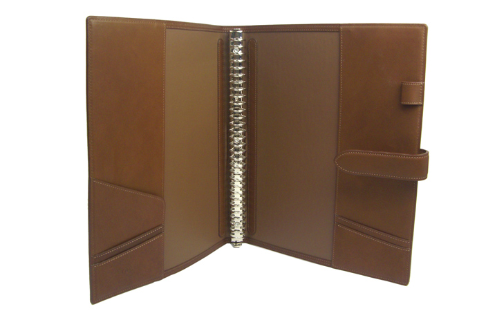 maruman Giuris maruman / Somes collaboration product ジウリスファイルノート A4 size 30 hole Binder leather