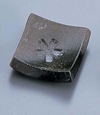 黒陶吹桜箸置 T03−181  6-1647-4301 5-1493-4401[10P03Dec16]