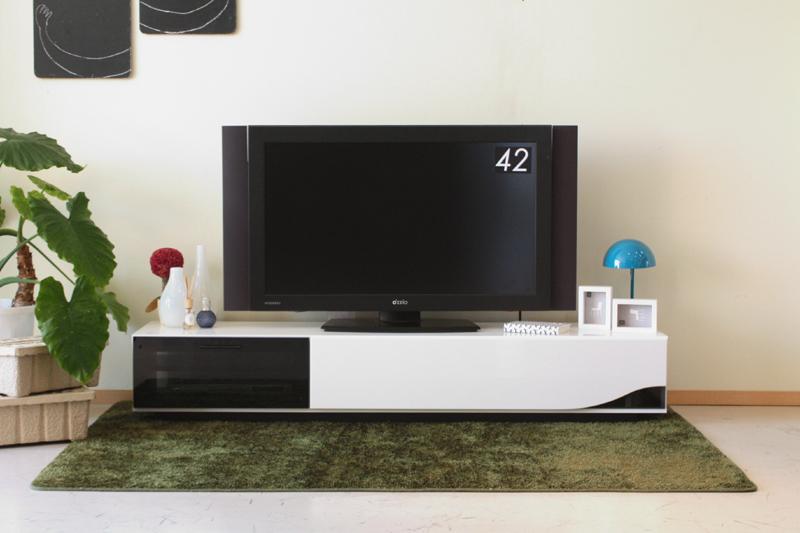 送料無料 テレビボード テレビ台 ロータイプ 完成品 予約販売 好評受付中 QuaTRO 送料込み ホワイト WH ローボード 1800TVボード クアトロ クリアランスsale 期間限定