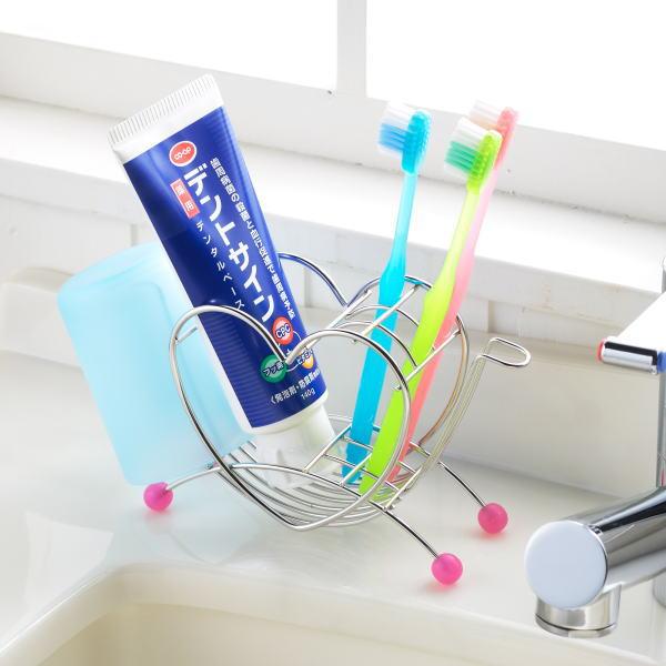 清潔感のあるステンレス製でハート型のかわいい歯ブラシ立て バーゲンセール 初売り ハート型歯ブラシスタンド