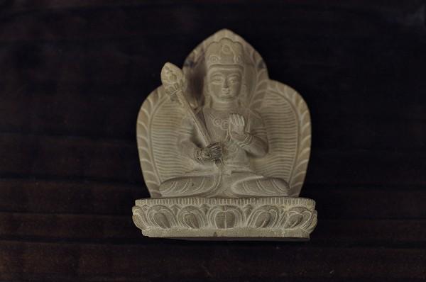 石仏 弥勒菩薩(浮き彫り)