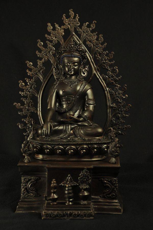 宝冠釈迦 銅造彫金仕上げ