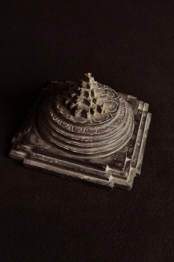 シュリーヤントラ 石造製