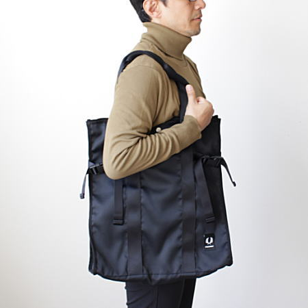 FRED PERRY(フレッドペリー)TOTE BAG