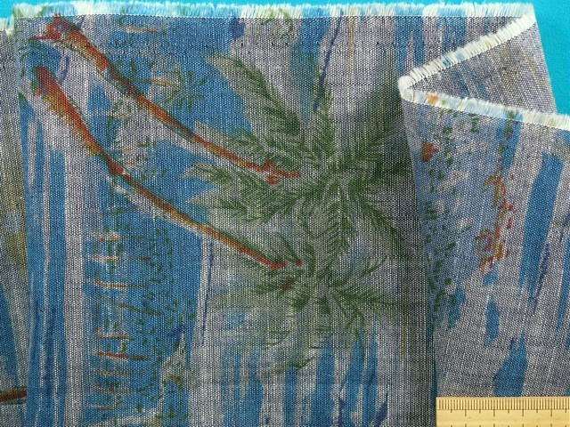 在庫処分 激安 マーケティング 大幅値下げ綿シャンブレープリント生地ヤシ 薄ブルー×グリン 150cm幅 1.5m