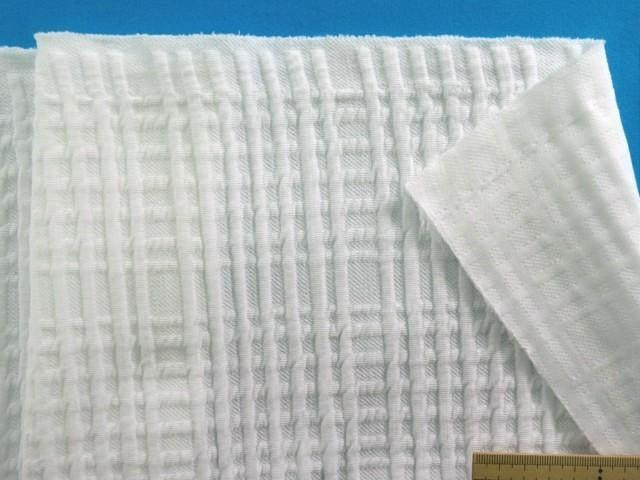 世界の人気ブランド 綿キルトニット生地オフ白 150cm幅 1.5m 限定特価