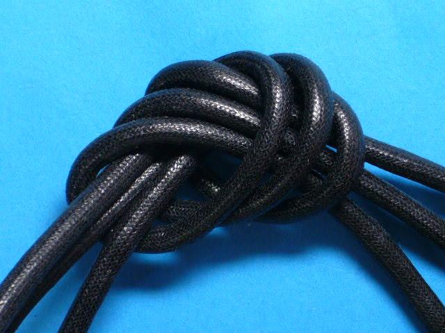 ワックスコード(太)黒