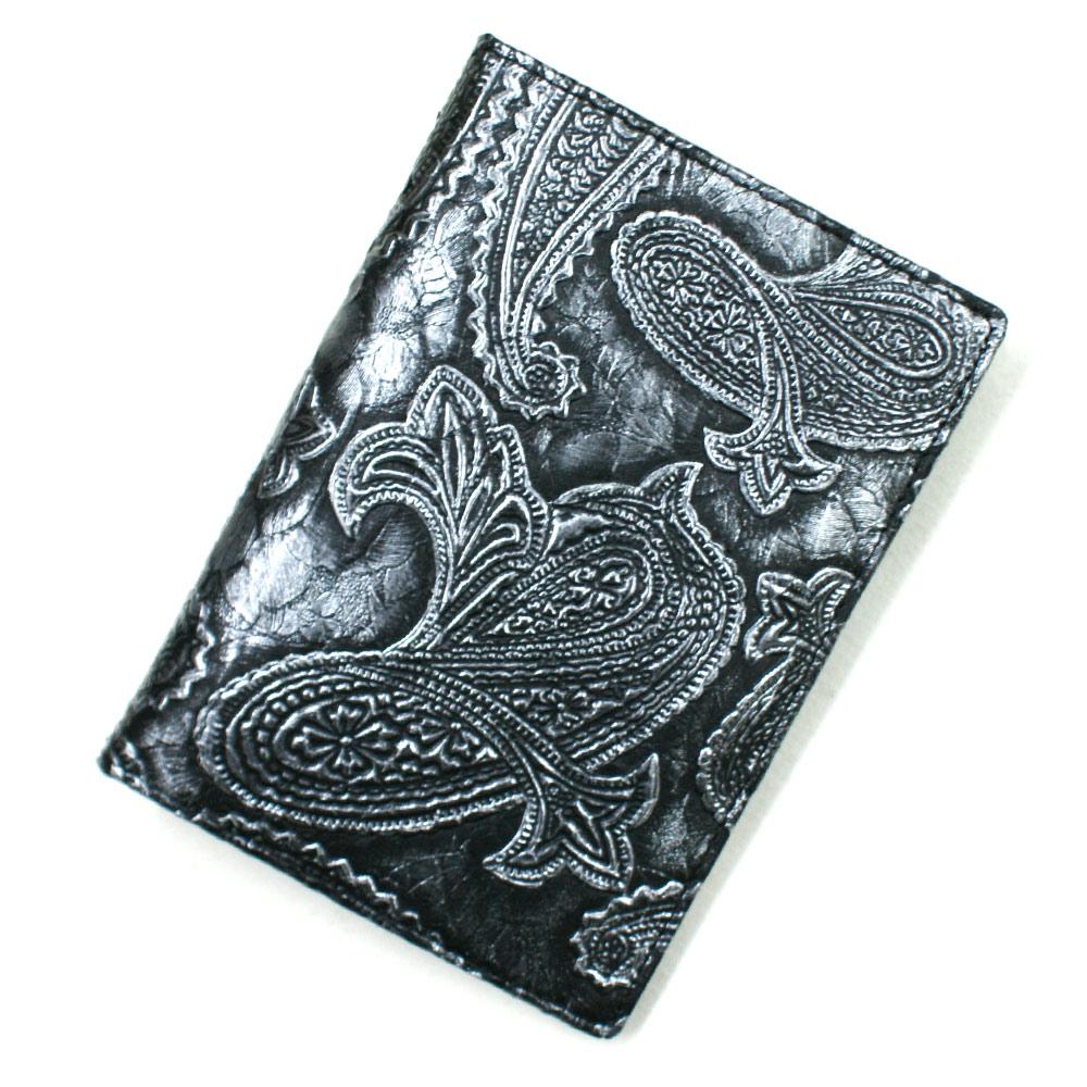 カードケース レザーカードケース 薄型 大容量 パイソン 蛇革 ポイントカード入れ クレジットカード入れ カードホルダー カード収納 大量収納 パスポートサイズ 日本製 柄 ペイズリー柄 型押し仕上げ シルバー