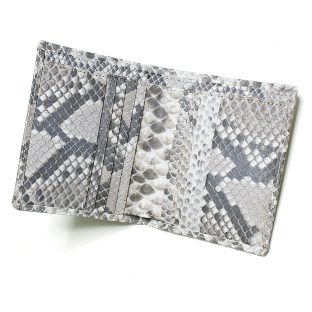 1f86da932c0e 財布二つ折り本革 小銭収納なし 珍しい