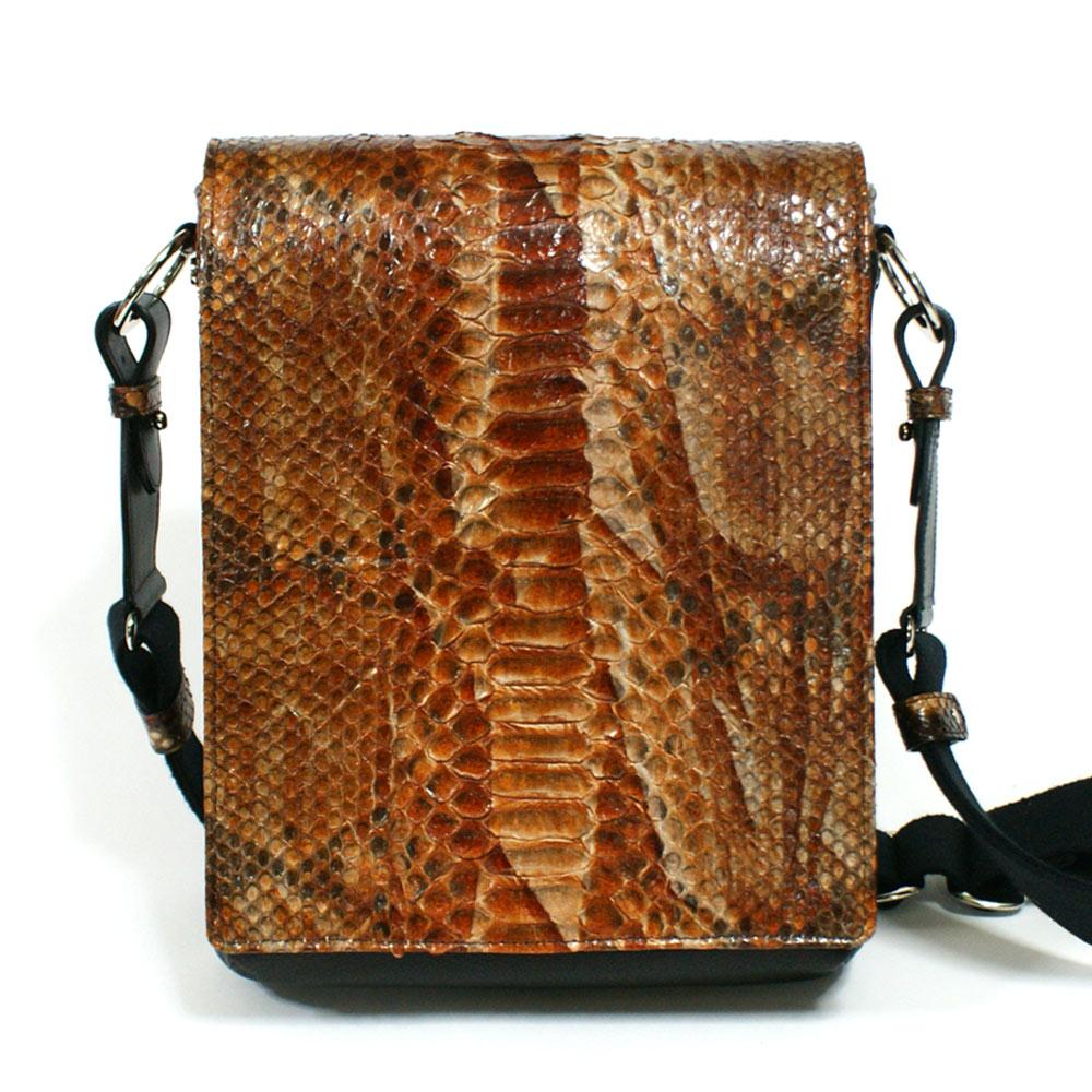 ショルダーバッグ メンズ バッグ 本革 レザー 牛革 B5 革 パイソン 斜めがけバッグ 開催中 ハードシェード チョコ 日本製 人気の定番 ヘビ革 蛇革