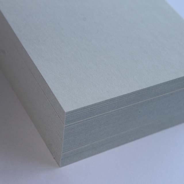 名刺 10面付 220枚 EC104 グレイ 【 名入れ 印刷なし 紙の販売です 】【10面付け( A4 サイズ ) スタンダード 220枚 】こちらの商品は切り取りミシン加工がありません。