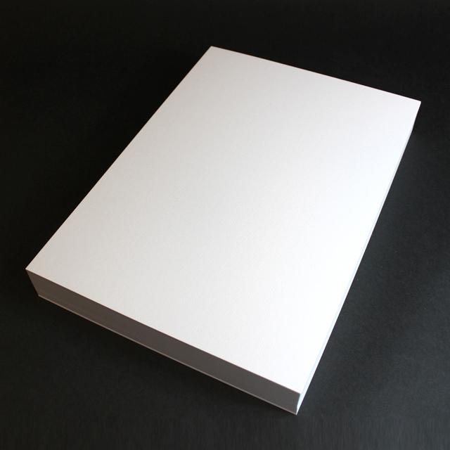 名刺 10面付 110枚 コンケラーL ブリリアントホワイトCoC 【 名入れ 印刷なし 紙の販売です 】【10面付け( A4 サイズ ) スタンダード 110枚入り】こちらの商品は切り取りミシン加工がありません。