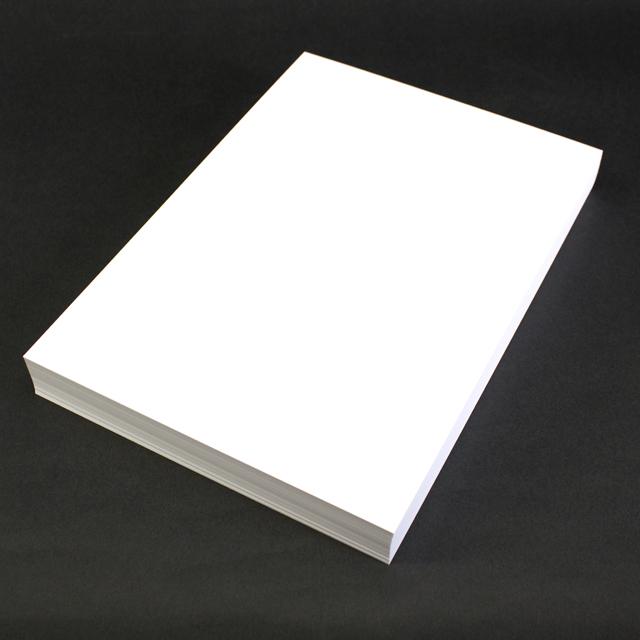 名刺 10面付 110枚 コンケラーW ブリリアントホワイトCoC 【 名入れ 印刷なし 紙の販売です 】【10面付け( A4 サイズ ) スタンダード 110枚入り】こちらの商品は切り取りミシン加工がありません。