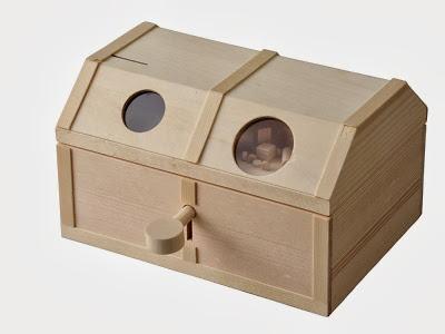 夏休みの自由工作に 秀逸 鍵も自分で作る楽しい木工工作の貯金箱☆※組み立てには木工用接着剤が必要です ※1個までゆうパケット送料300円※ 鍵付き宝箱 貯金箱 自由工作 工作キット 加賀谷木材 木工 期間限定の激安セール