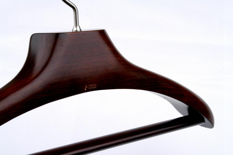 AUT-02/ wooden men jacket hanger / Mars brown