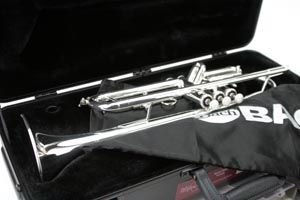 【送料無料】バック(V.Bach)トランペット TR-600SP TR-600SP もちろん新品【お取寄せ】, 山之口町:7d92dae6 --- officewill.xsrv.jp