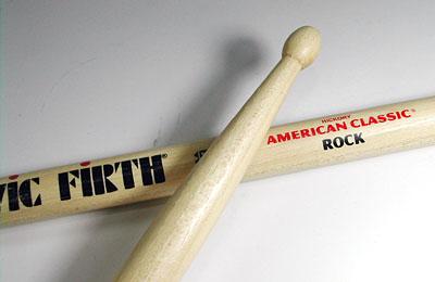 VIC FIRTH スティックアメリカンクラシックRock 超人気 専門店 ビックファースヒッコリー 公式通販