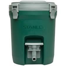 タフで実用的 アウトドアで活躍するサイズ スタンレー 日本産 ウォータージャグ 3.8L 有名な