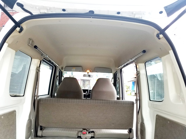 車内泊 新商品 脚立積載 職人棚 キャンプ用品など車内スペースを有効活用 DA64V エブリイ サイドバー 車載用ラック お気に入