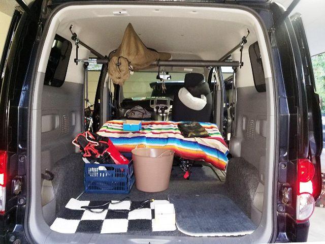 車内泊 脚立積載 ストアー 職人棚 キャンプ用品など車内スペース活用 車内キャリア NV200Wサイドバー スライドバー 売却