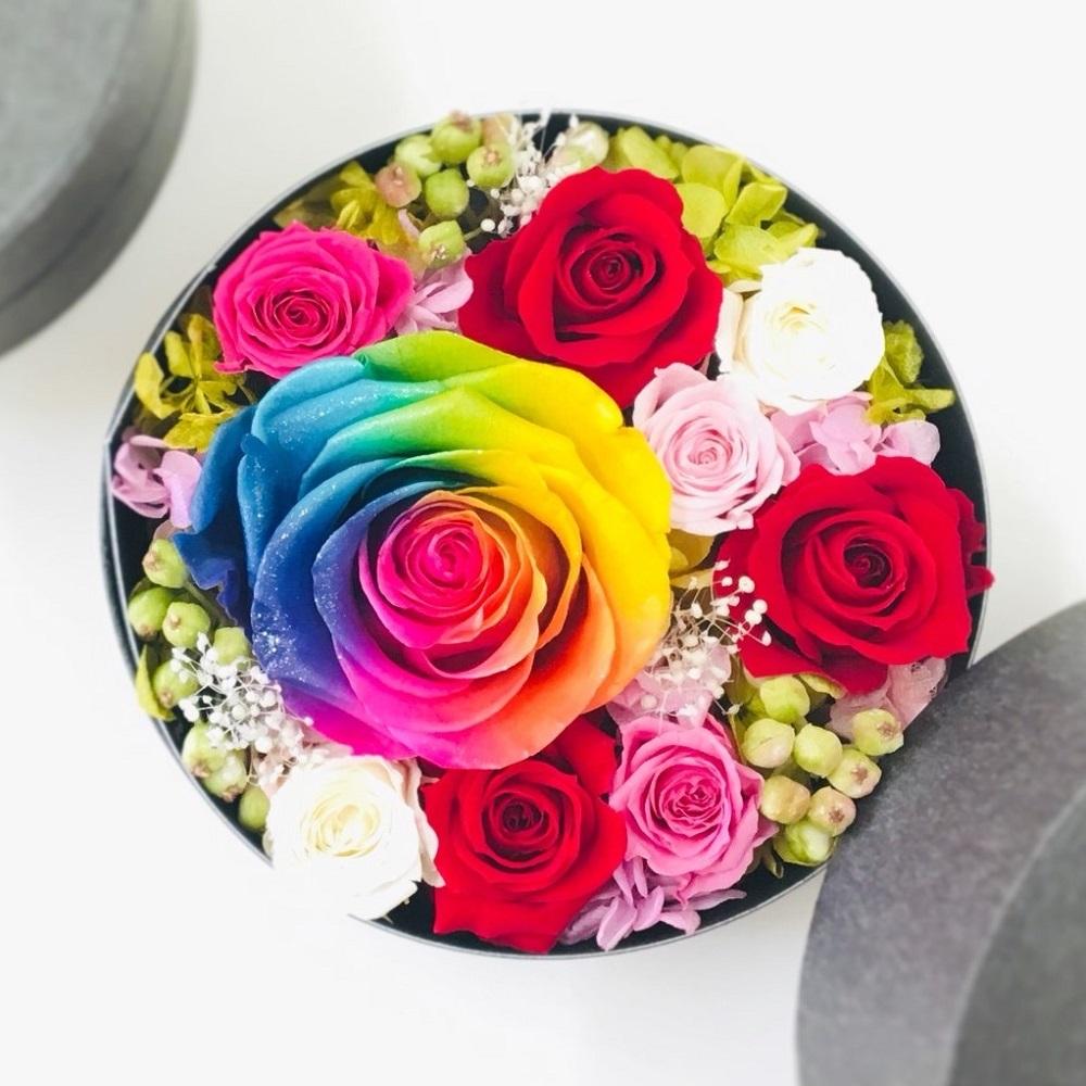 【送料無料】プリザーブドフラワー レインボーローズ フラワーボックス~ Flowerbox Rainbow jewelry Red~贈り物 誕生日 ギフト ブライダル 贈呈品 卒業式 退職祝い 母の日 父の日