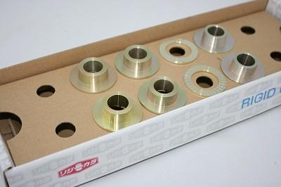 スプーン リジッドカラー(リジカラ) ダイハツ アルティス AVV50N フロント用 品番: 50261-VV5-000