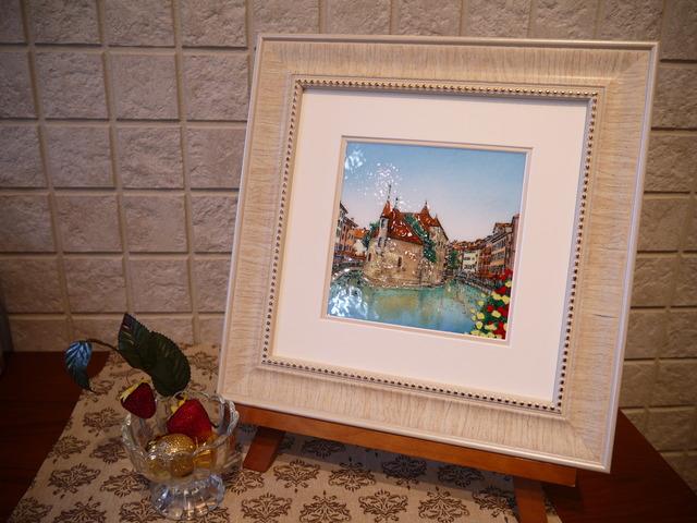 アヌシー 七宝 額 アート 水彩画 絵 絵画 イラスト ガラス プレゼント 新築祝 フランス南東部 アルプス 運河の街