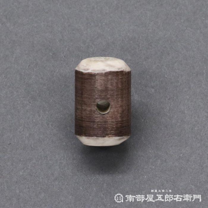 鹿玉(中) 鹿角製 直径約1,5cmX横幅約2,3cm